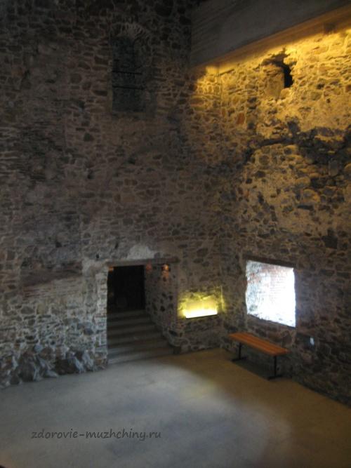 Внутри крепости Олавинлинна
