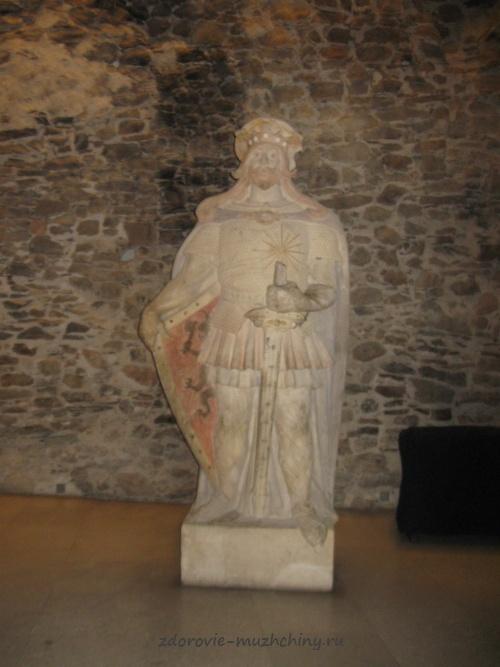 Скульптура Святого Олафа