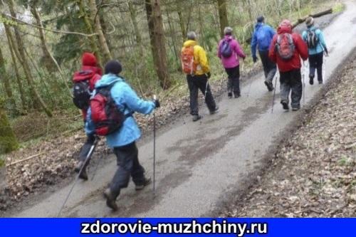 Скандинавская ходьба: особенности ходьбы по твердой поверхности